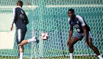 المرح يسيطر على تدريبات فرنسا استعدادا لنهائي كأس العالم أمام كرواتيا