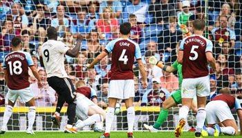 لوكاكو يقود هجوم مانشستر يونايتد أمام ويستهام