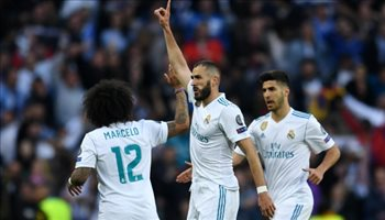 زيدان كاد يتسبب في رحيل بنزيما عن ريال مدريد