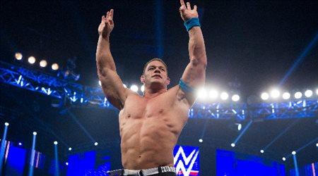 """جون سينا يوجه رسالة مثيرة إلى بايلي وسيزارو نجوم """"WWE"""""""