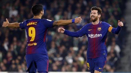 """ميسي وسواريز """"حبايب"""".. الأرجنتين تتعادل مع أوروجواي في مباراة مثيرة"""