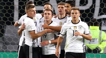 ألمانيا والدنمارك إلى المونديال وإيطاليا وإسبانيا مهددتان بعدم التأهل المباشر