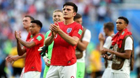 """نجم مانشستر يونايتد يبيع """"التاكو"""" على الإنترنت بعد خسارة إنجلترا للقب يورو 2020"""