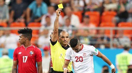 عيش المونديال  الحكم البحريني شكر الله يشارك في مباراة السويد وسويسرا