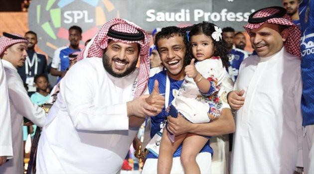احتفالات الهلال بدوري المحترفين الـ15 تركي آل الشيخ ومحمد الشلهوب
