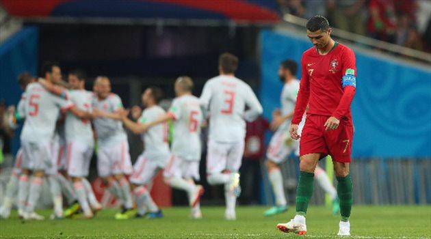 فرحة إسبانيا بعد التقدم وحسرة كرستيانو رونالدو في مباراة البرتغال وإسبانيا