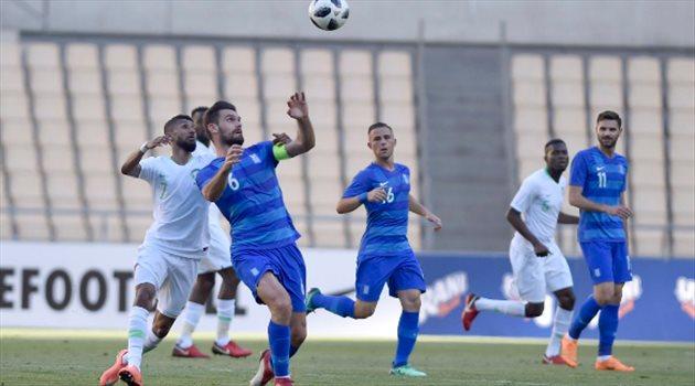 المنتخب الوطني السعودي واليونان