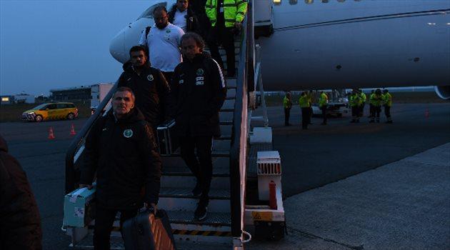 وصول بعثة المنتخب إلى بروكسل