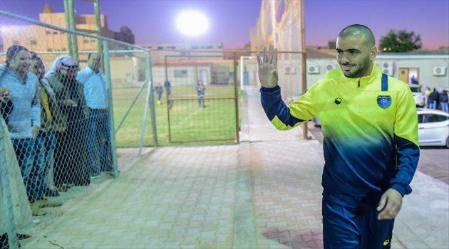 عماد متعب لاعب التعاون