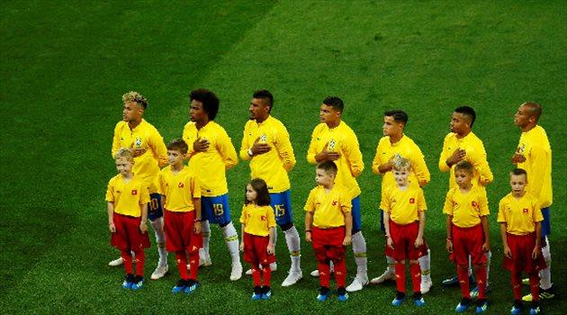 لحظة السلام الوطني لمنتخب البرازيل