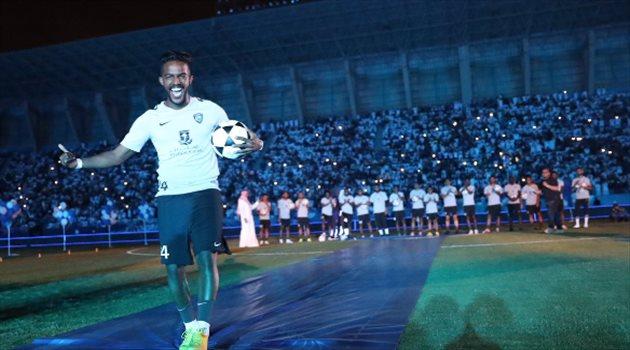 نواف العابد خلال حفل تقديم لاعبي الهلال أمام الجماهير