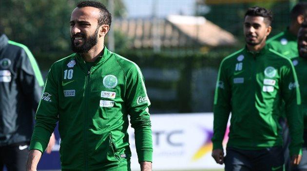 محمد السهلاوي خلال تدريبات منتخب السعودية