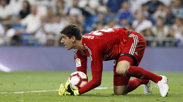"""صدمة للبلجيكي .. زيدان يستعد لاستئناف مفاوضات ريال مدريد مع """"الحارس المنشود"""""""