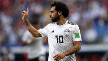 """طلب """"غريب"""" يشعل أزمة جديدة لمحمد صلاح مع منتخب مصر"""