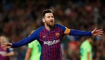 فيديو  ميسي يقرر تتويج برشلونة بطلا للدوري الإسباني بهدف في ليفانتي