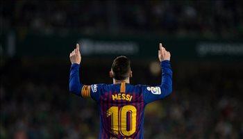 """ميسي يعادل كريستيانو رونالدو.. ملوك """"الهاتريك"""" في الدوري الإسباني"""