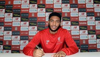 رسميا .. ليفربول يعلن تجديد عقد لاعبه المصاب
