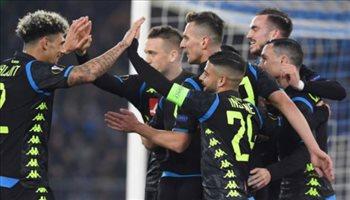 فيديو.. نابولي يضع قدما في ثمن نهائي الدوري الأوروبي