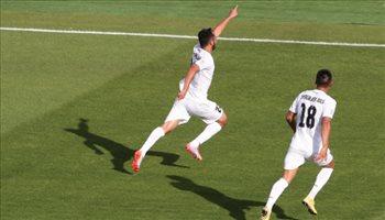 كأس آسيا| إسراليوف يدخل التاريخ مع منتخب قيرغستان