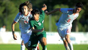 """""""أخضر 16"""" يسقط برباعية أمام إسبانيا"""
