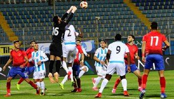 أزمة قبل مباراة الأهلي وبيراميدز بسبب حكم في الدوري السعودي