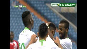 هدف السعودية الثالث في مرمي غينيا الاستوائية .. مباراة ودية