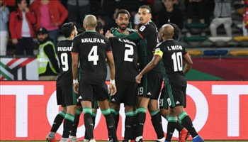 تحضيرا لقدوم فان مارفيك.. 25 لاعبا في قائمة الإمارات لمواجهة السعودية