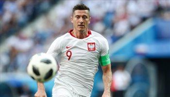 """في ليلة الاحتفال بـ""""ليفاندوفسكي"""".. بولندا تسقط وديا أمام التشيك"""
