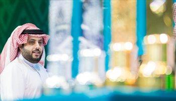 """مجددا .. تركي آل الشيخ يسخر من منتخب التجميع ويشيد بـ """"ملك الـ 18"""""""