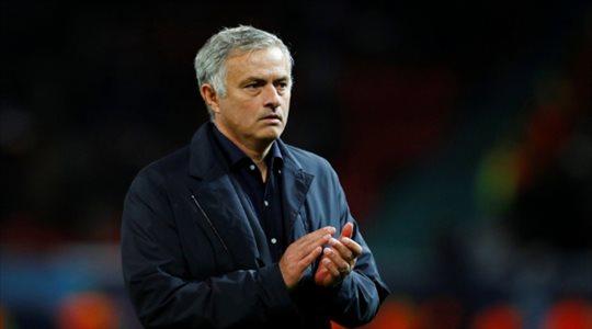 الدوري الإنجليزي| أزمة قاسية تواجه مورينيو قبل مواجهة ليفربول