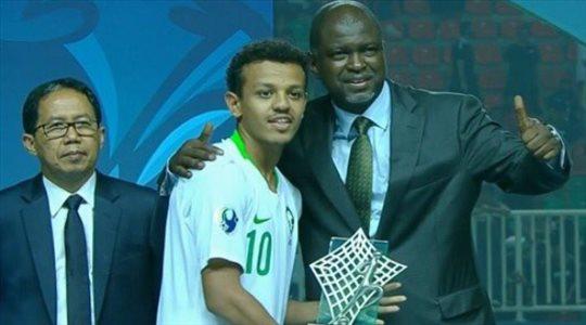 تركي العمار مرشح لجائزة أفضل لاعب في آسيا