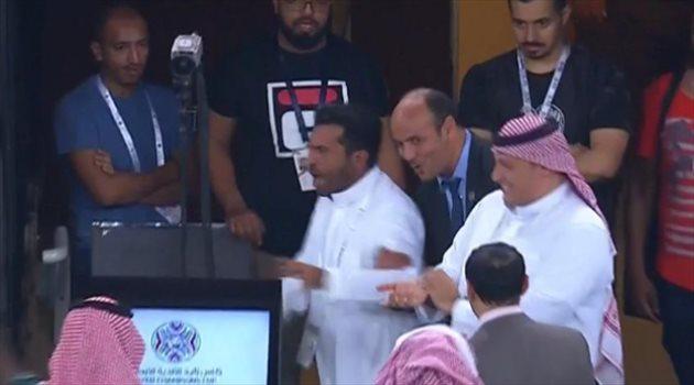 صورة| إعلامي يهاجم مدير كأس زايد ورئيس الهلال