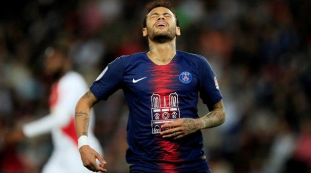الاتحاد الفرنسي لكرة القدم يحرم نيمار من لقب الدوري !