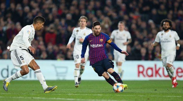 """قائد ريال مدريد يطالب ميسي """"غير الممتع"""" بالاعتزال سريعا"""