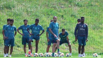 إعلامي: إدارة الأهلي مصرة في التعاقد مع لاعب عالمي وهناك 3 صفقات محلية