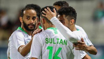 """خليجي 24  المنتخب السعودي يكتسح عمان بثلاثية """"قاتلة"""" ويتأهل للدور نصف النهائي"""