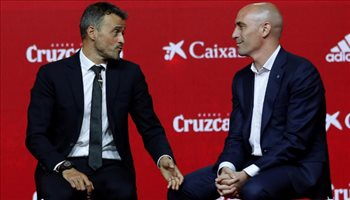 تقارير| رئيس الاتحاد الإسباني يعلن رحيل لويس إنريكي عن المنتخب اليوم