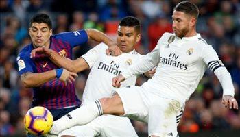 """""""لن أتوقف عن التسجيل في شباكهم""""..  نجم برشلونة يسخر من ريال مدريد"""