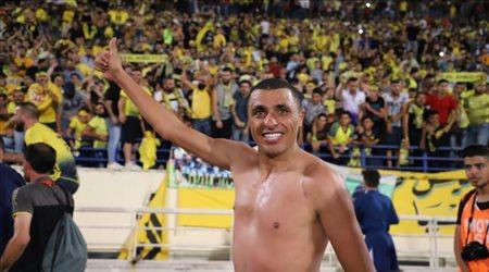 """كأس الاتحاد الآسيوي  على طريقة """"بنزيما"""".. العكايشي يهدر فرصة هدف بطريقة غريبة"""