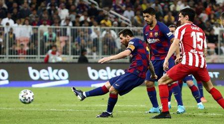 """الريمونتادات المذلة لم تشفع لرحيله.. جماهير السعودية """"سر"""" إقالة فالفيردي من برشلونة"""