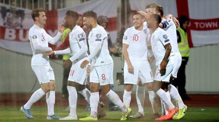 الأمم الأوروبية  إريكسن يقود الدنمارك إلى الفوز ضد إنجلترا.. وطرد نجم مانشستر يونايتد
