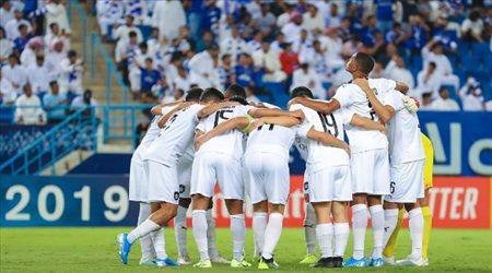 أول دوري في الخليج يعلن موعد عودة المباريات