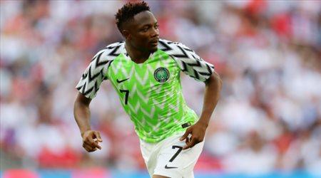 رغم إصابته .. نيجيريا تستدعي أحمد موسى للتصفيات الإفريقية
