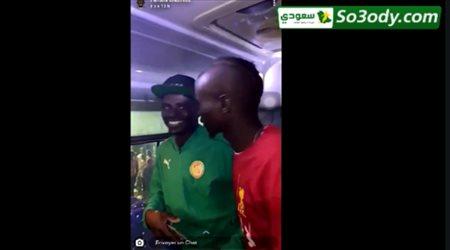 ماني يلتقي شبيهه في السنغال