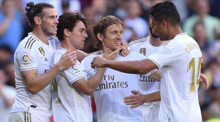 بعد فوزه.. مودريتش يشعل الصراع داخل ريال مدريد قبل مواجهة إشبيلية