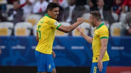 """كشف سر غياب كاسيميرو """"المفاجئ"""" عن البرازيل"""