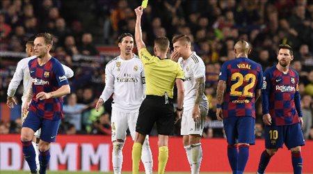 """نجم ريال مدريد """"ينتقد"""" عودة الدوري الإسباني.. وبيكيه يرد"""