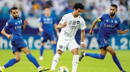 """على طريقة برشلونة.. الهلال """"يفضح"""" أفضل لاعب في آسيا"""