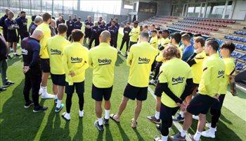 رابطة الليجا تنصف برشلونة في مواجهة نجومه بقرار حاسم