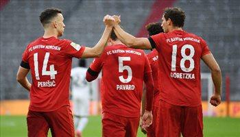بايرن ميونيخ يرد الدين لفرانكفورت بخماسية في الدوري الألماني